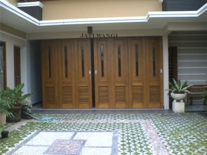 dkm-pintu garasi001